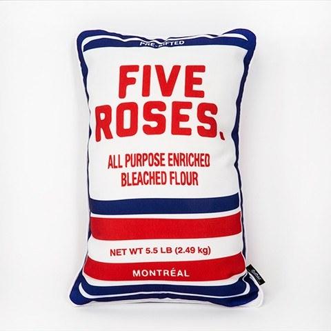 Cliquez ici pour acheter Farine Five Roses Pillow