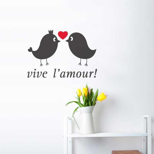 Cliquez ici pour acheter Vive L'Amour Wall Decal