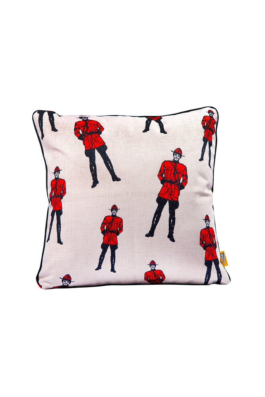 Cliquez ici pour acheter Canadian mountie pillow