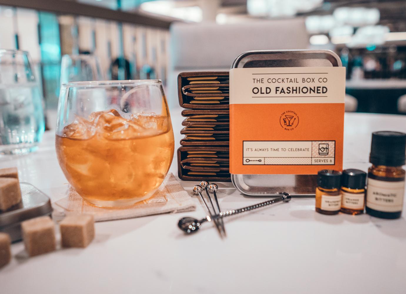 Cliquez ici pour acheter Old Fashioned Cocktail Kit – DIY